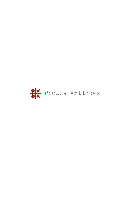 Pipacs Antiques